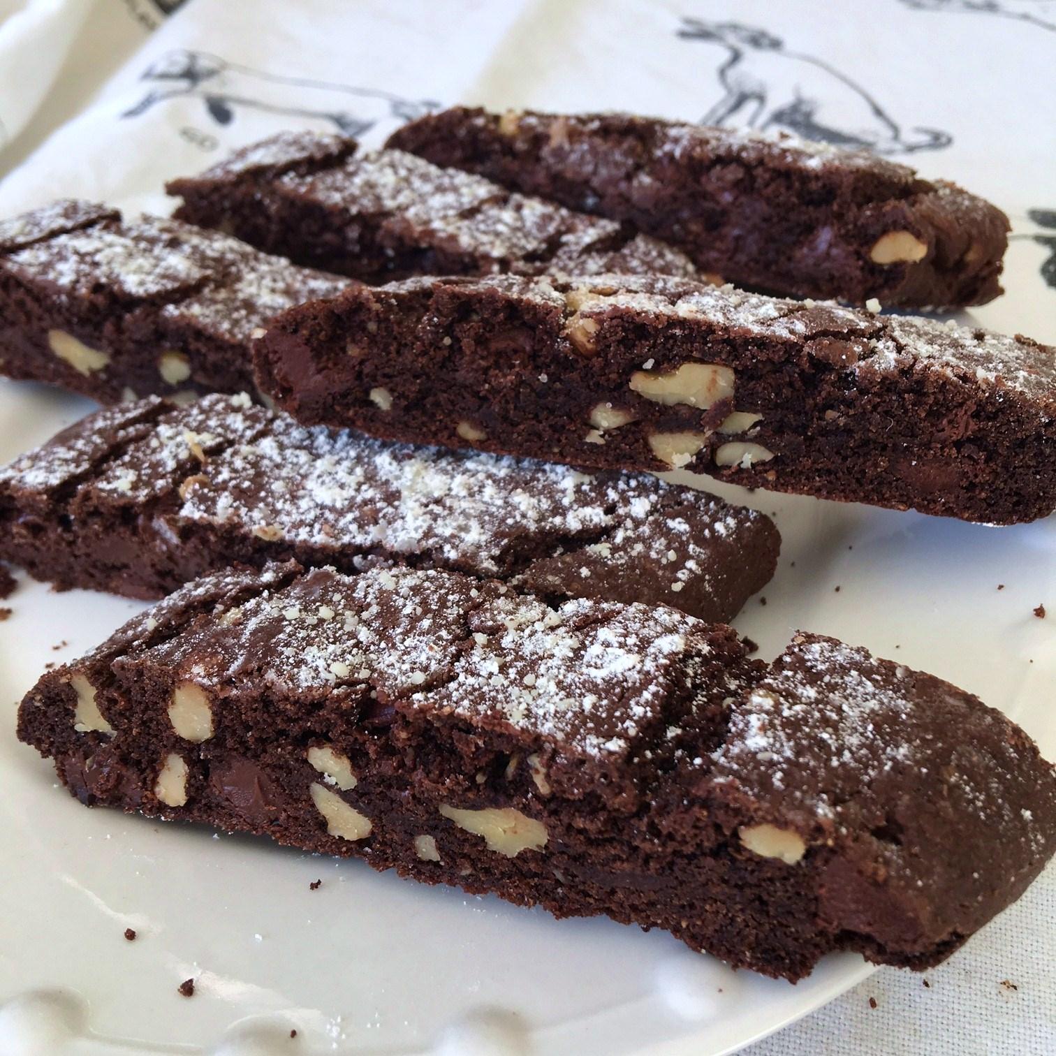 chocolate-chip walnut biscotti – apb: eats